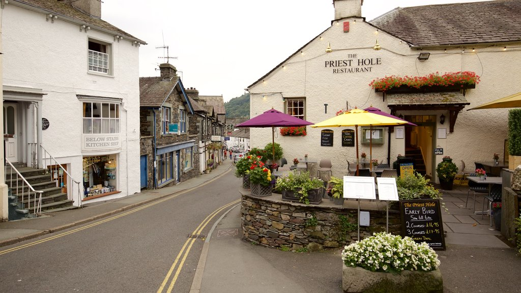 Ambleside which includes heritage architecture, street scenes and a small town or village