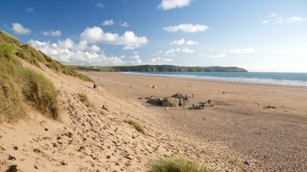 Woolacombe showing a beach and landscape views