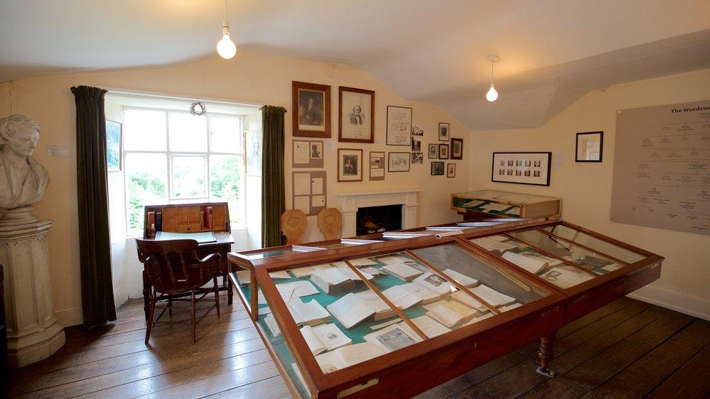 Rydal Mount mostrando elementos del patrimonio y vistas interiores