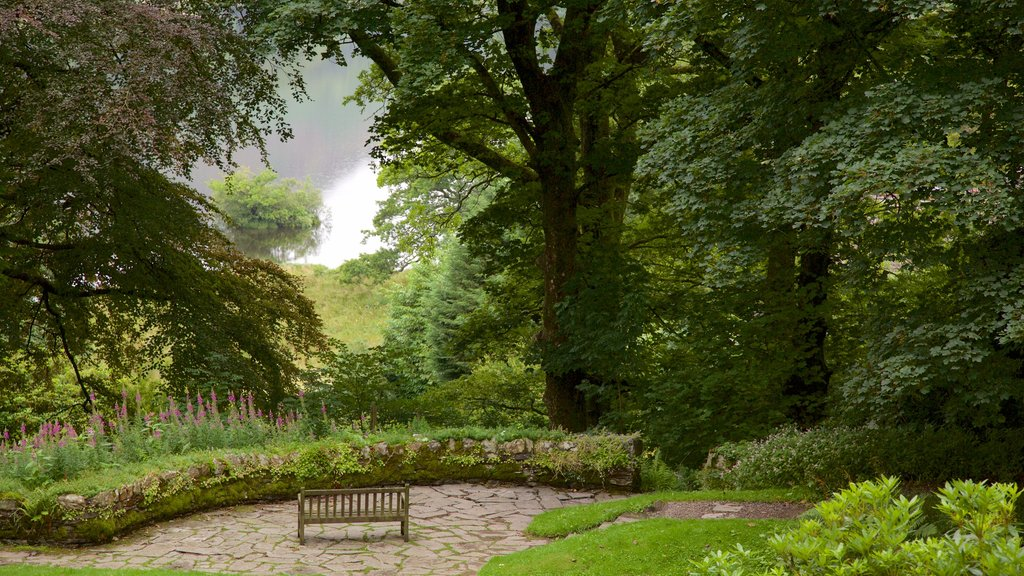 Rydal Mount que incluye un parque