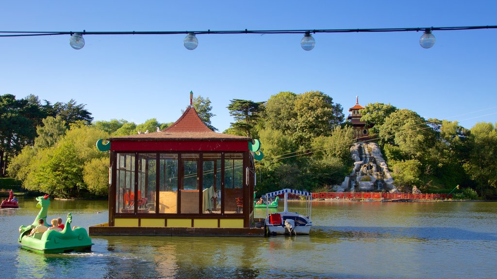 Peasholm Park featuring watersports, a garden and a river or creek
