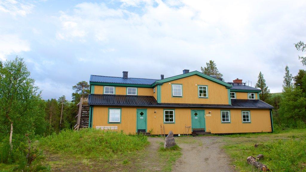 Parque Nacional de Stora Sjofallet mostrando una casa