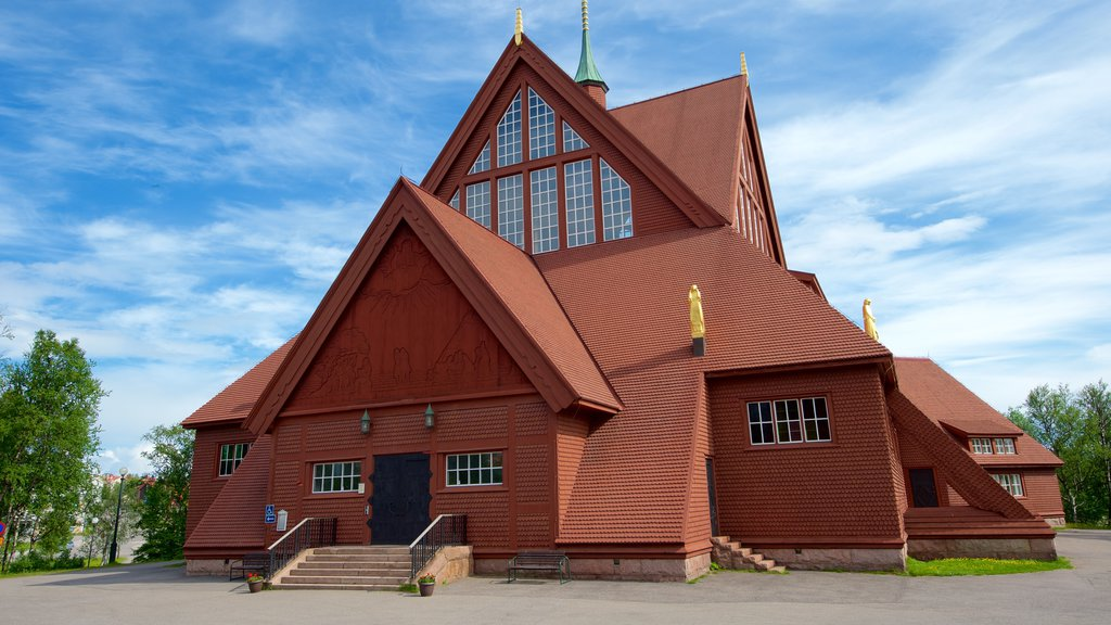 Kiruna Kyrka featuring a temple or place of worship