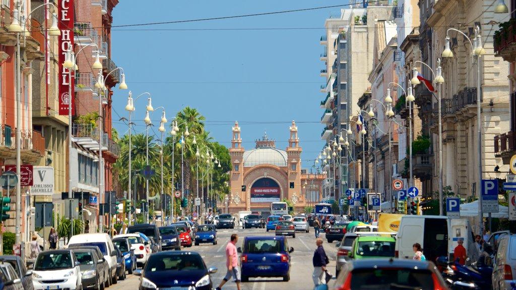 Bari showing street scenes