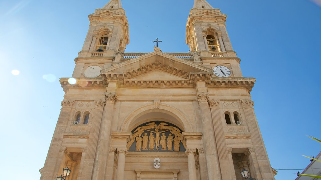Alberobello which includes a church or cathedral, religious aspects and heritage architecture