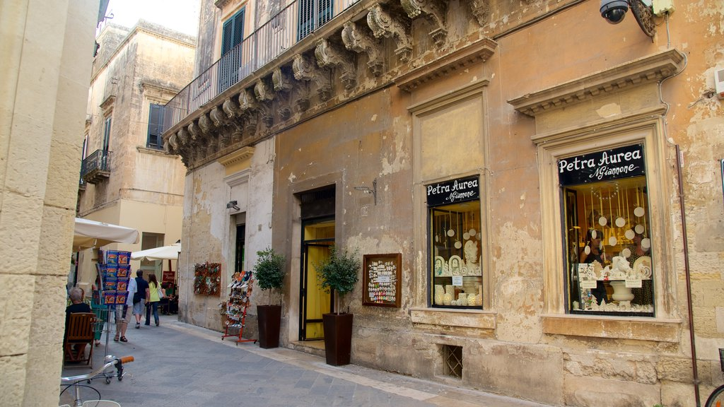 Lecce featuring heritage architecture