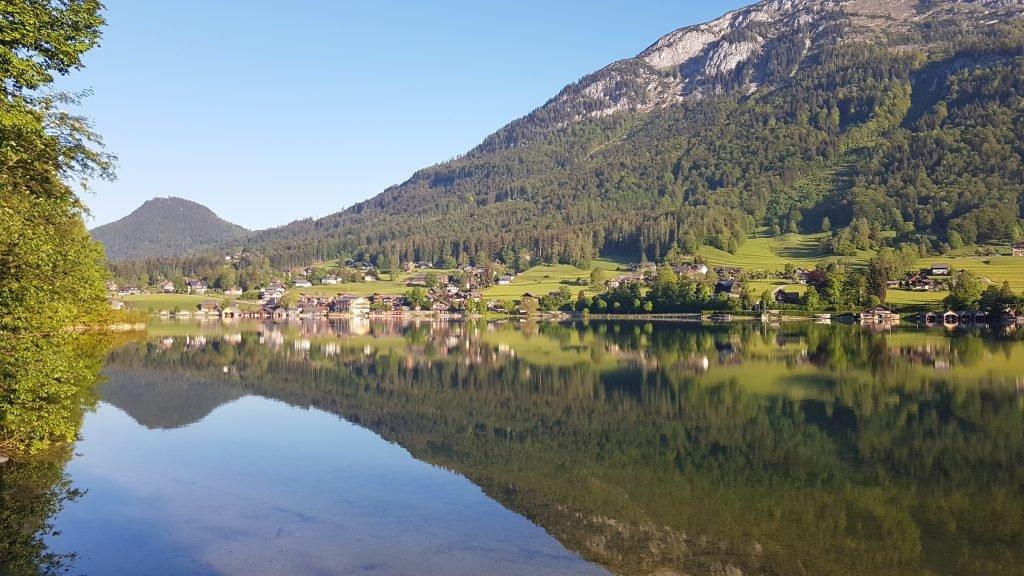 """Der Grundlsee, das """"Steirische Meer"""" Österreichs."""