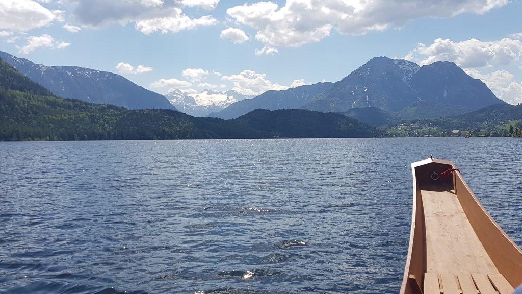 Altausseer See: Blick zum Dachsteingletscher.