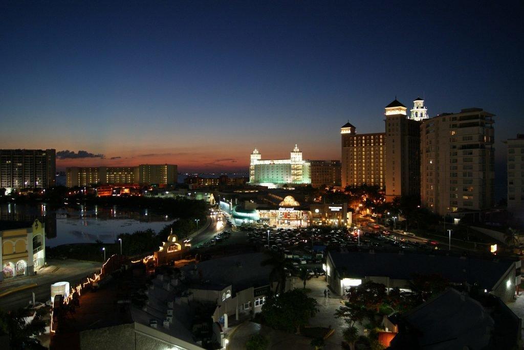 Cancun bei Nacht