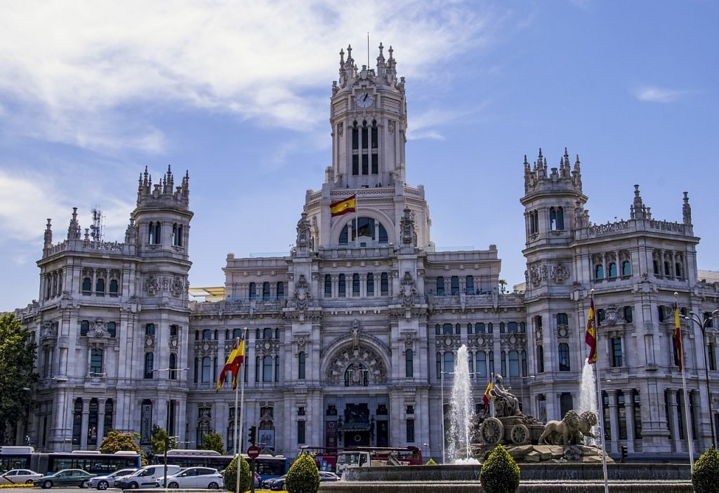 Palacio de Cibeles in Madrid