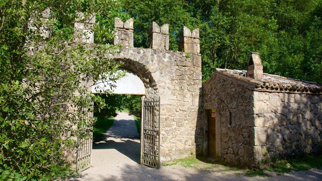 Parco dei Mostri mostrando patrimonio de arquitectura