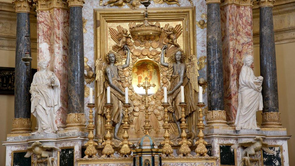 Santa Maria della Consolazione showing religious aspects, interior views and a church or cathedral
