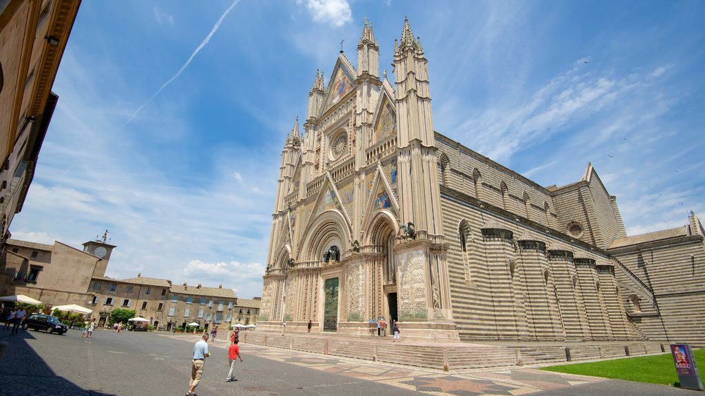 Orvieto featuring a church or cathedral, religious elements and heritage architecture