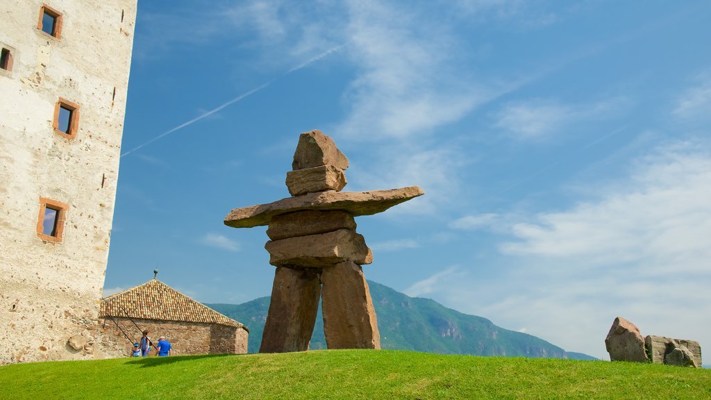 Messner Mountain Museum Firmian which includes a statue or sculpture