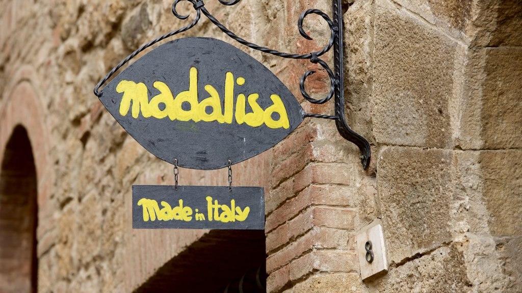 Monticchiello showing signage