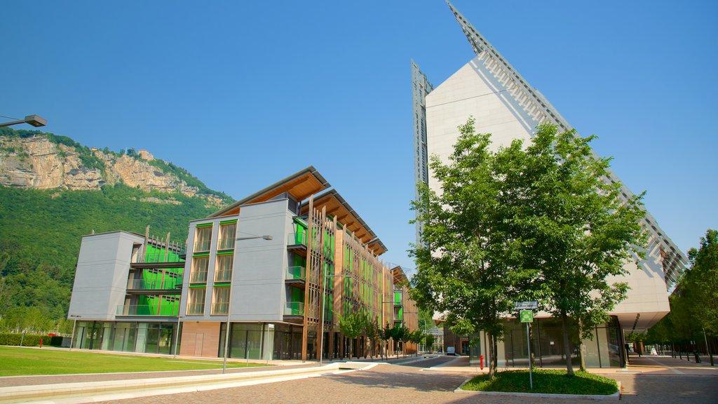 Museo Tridentino di Scienze Naturali showing a city and modern architecture