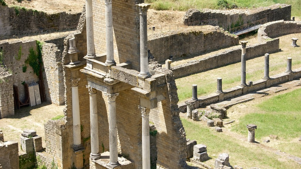 Roman Theatre showing heritage architecture