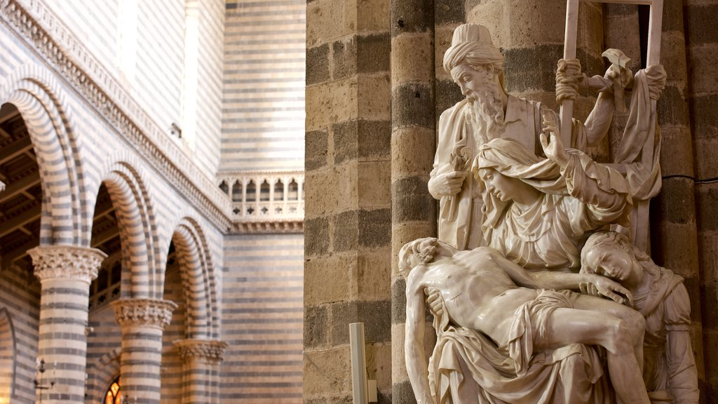 Duomo di Orvieto featuring a church or cathedral, interior views and heritage architecture