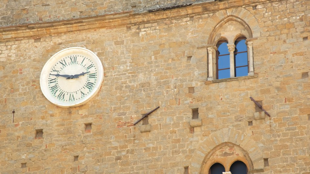 Piazza dei Priori which includes heritage architecture