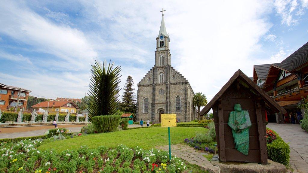 Sao Pedro Church showing a church or cathedral and a garden