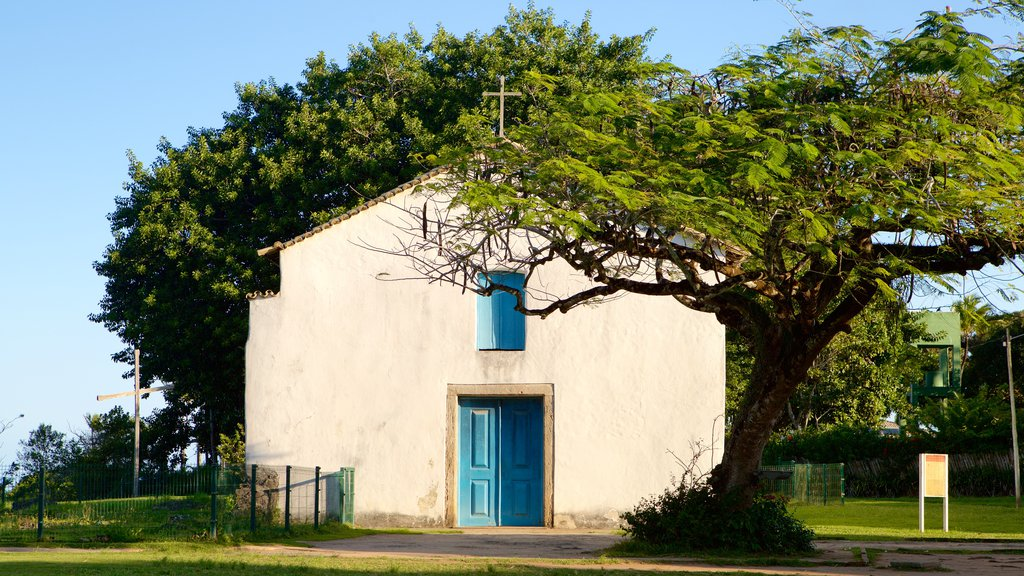 Porto Seguro featuring religious elements and a church or cathedral