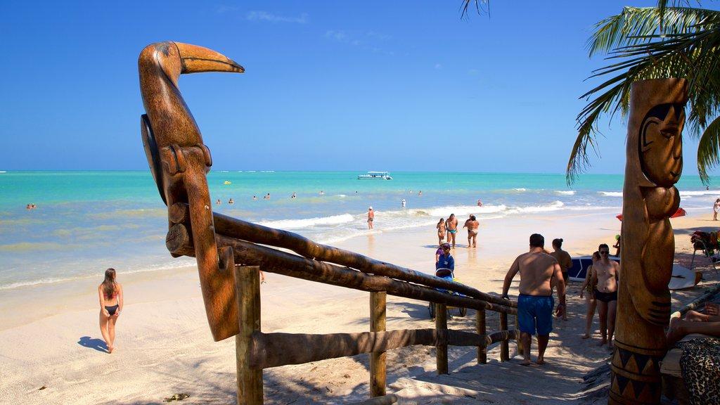 Praia de Ipioca caracterizando natação, uma praia e paisagens litorâneas