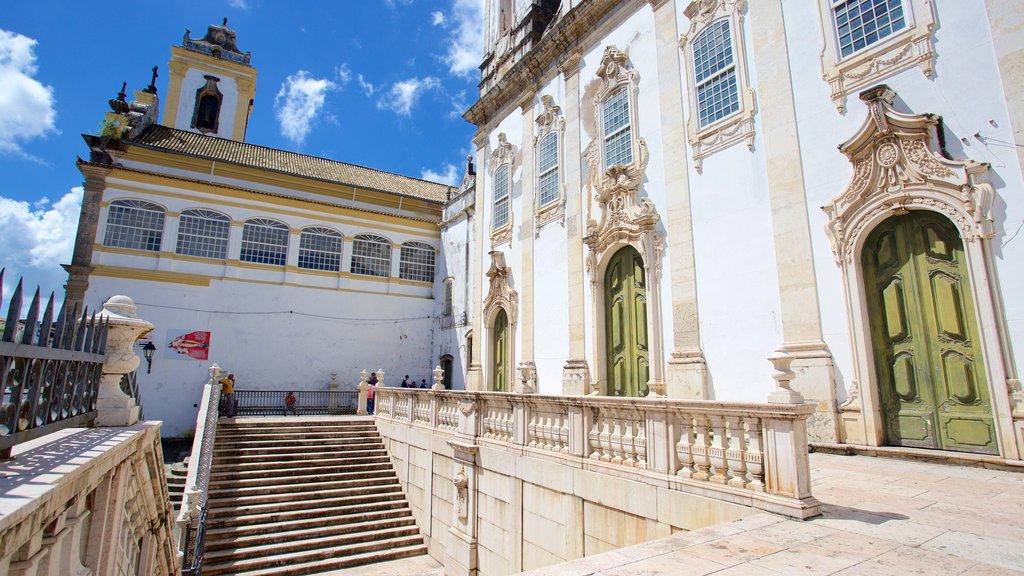 Igreja e Convento de São Francisco de Salvador mostrando elementos de patrimônio, elementos religiosos e uma igreja ou catedral