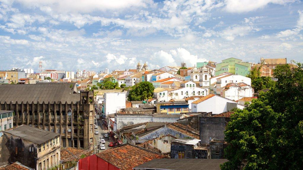 Igreja e Convento de São Francisco de Salvador caracterizando uma cidade pequena ou vila