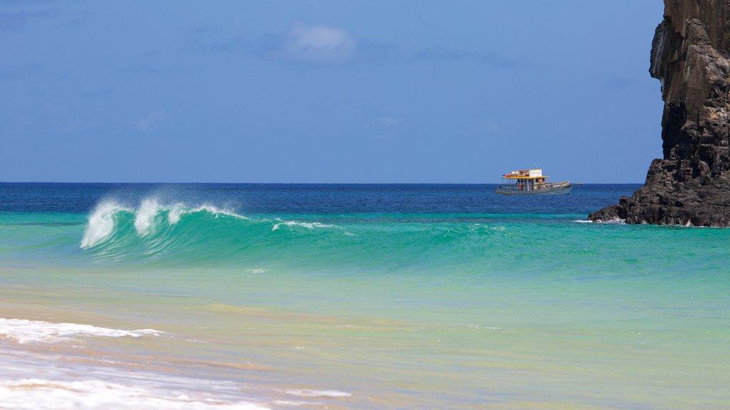 Praia Cacimba do Padre caracterizando surfe e paisagens litorâneas
