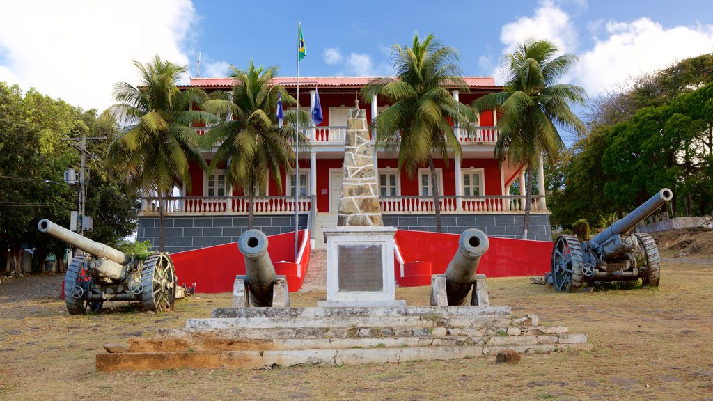 Sao Miguel Palace which includes a monument, a castle and military items