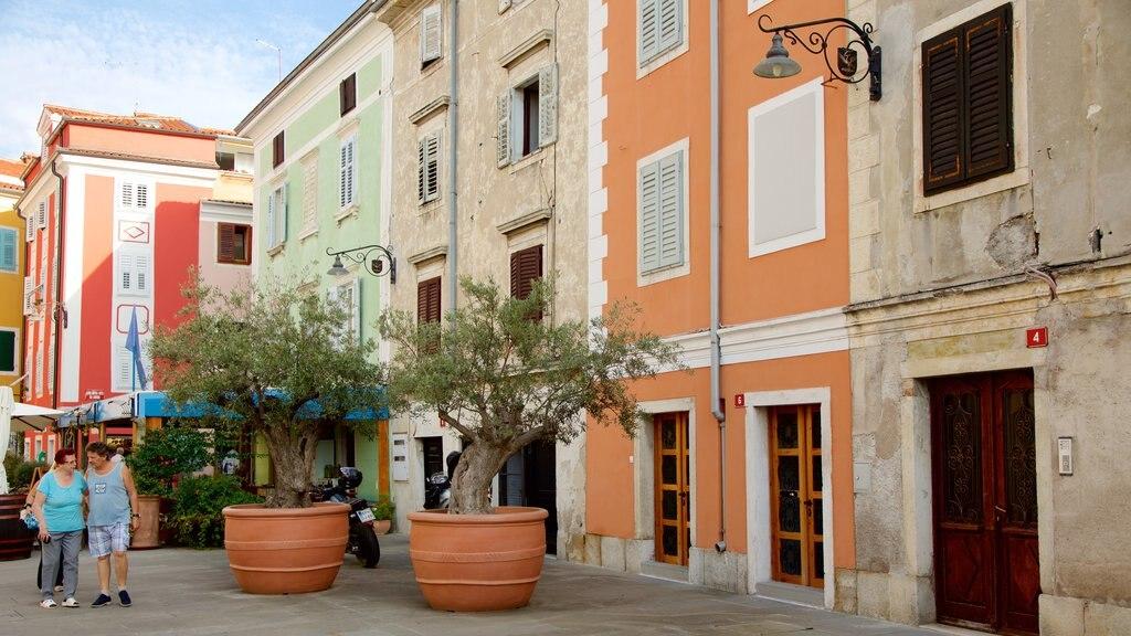 Izola featuring a coastal town