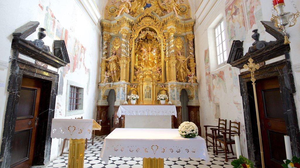 Church of Sv Marika Bozja showing interior views and a castle