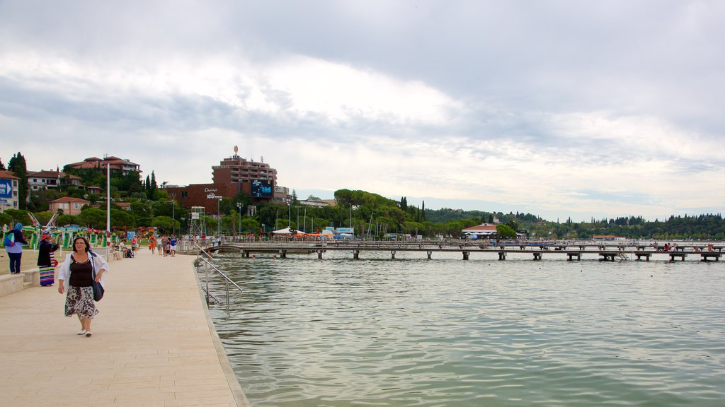 Portoroz Beach showing a coastal town and general coastal views