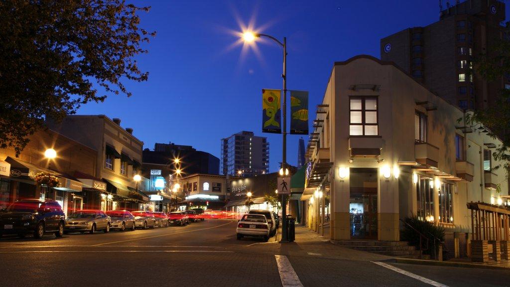 Nanaimo que incluye escenas nocturnas