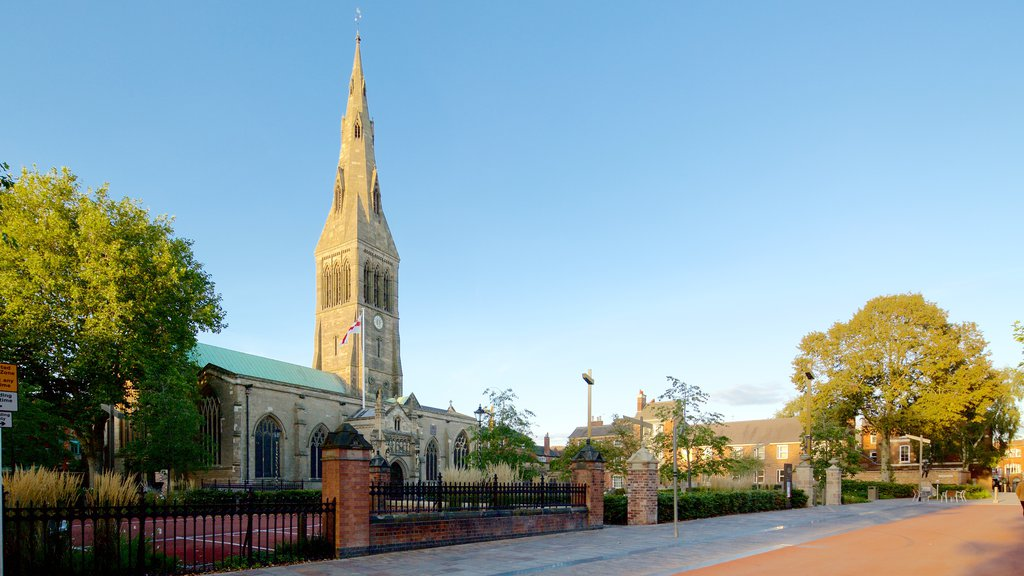 Leicester Cathedral featuring heritage architecture, a church or cathedral and a square or plaza