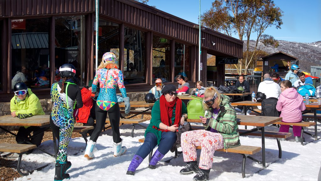 Thredbo which includes snow as well as a large group of people
