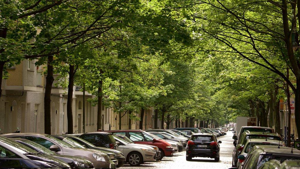 Berlin showing street scenes