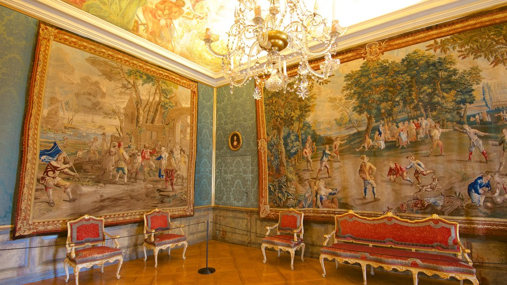 Ludwigsburg Palace showing interior views, heritage elements and art