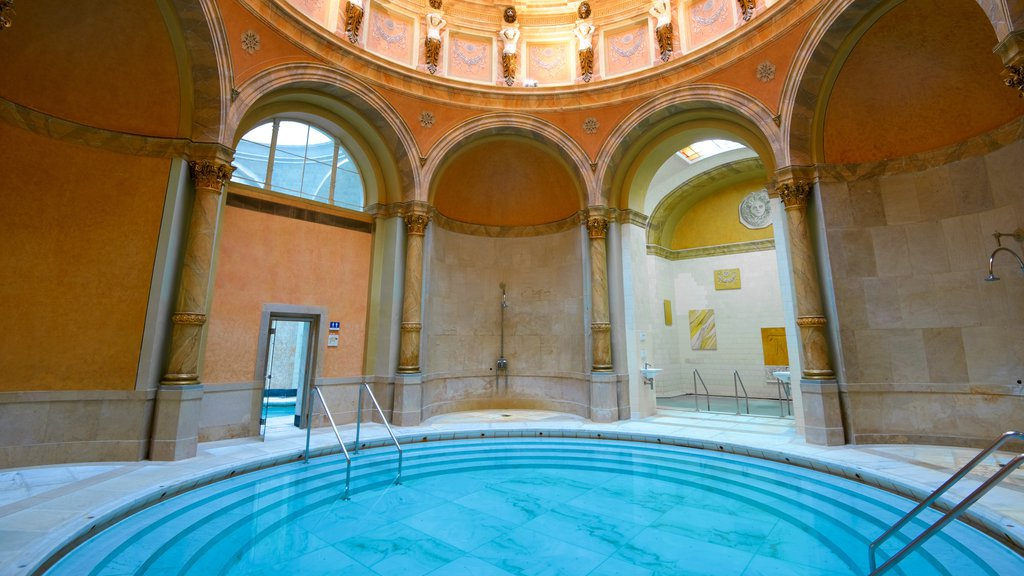 Caracalla Spa showing a pool
