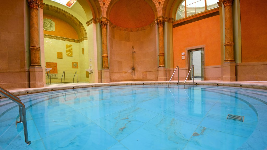 Caracalla Spa which includes a pool
