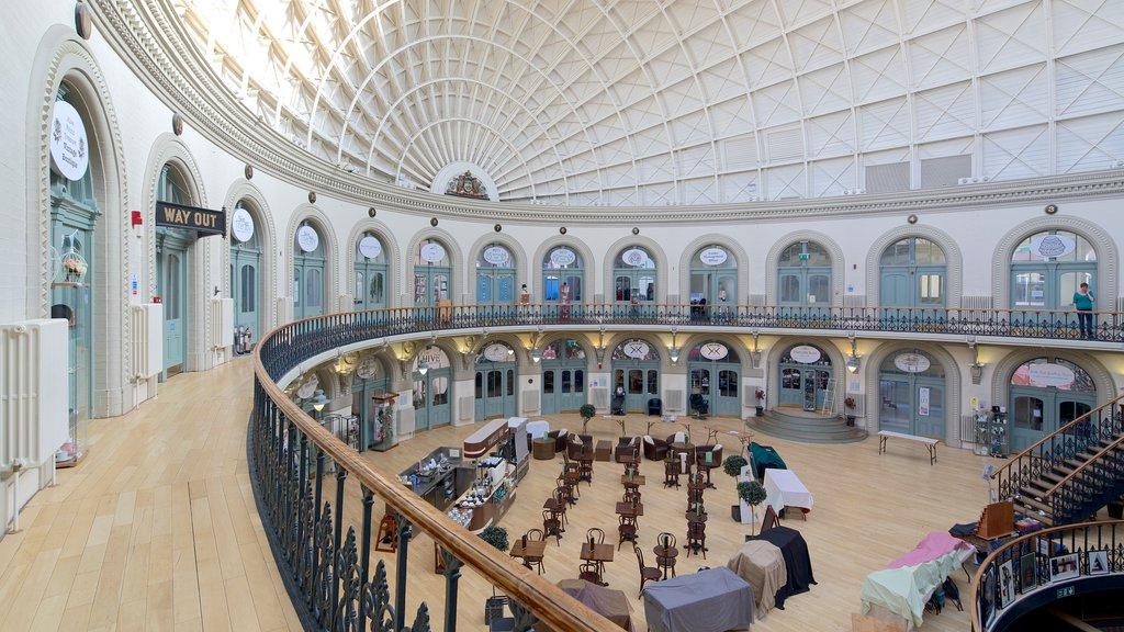 Corn Exchange mostrando vistas interiores y patrimonio de arquitectura