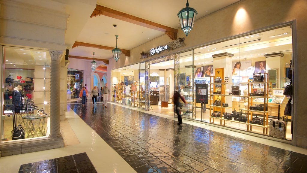 Grand Canal Shoppes featuring interior views and shopping
