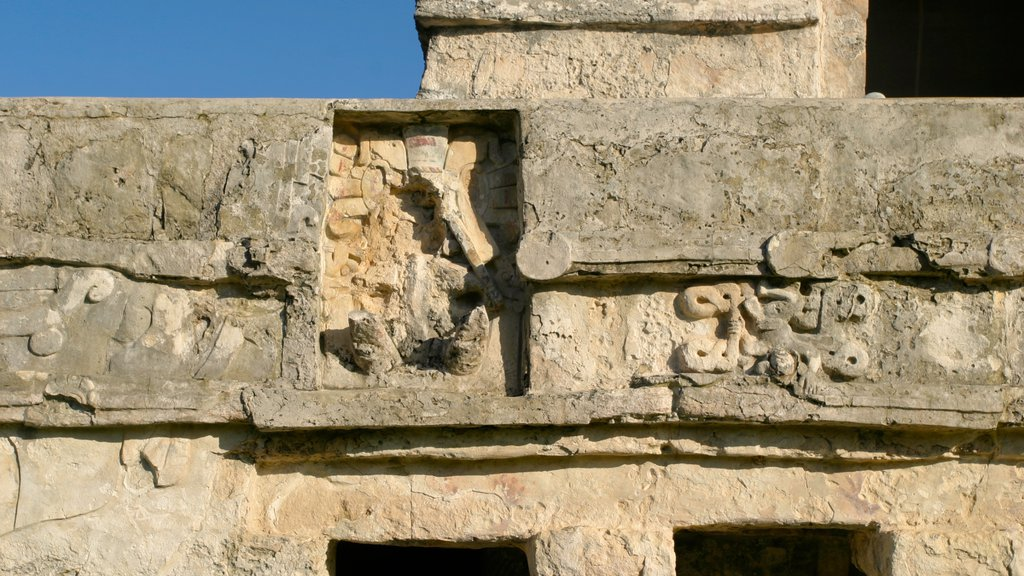 Tulum which includes heritage architecture