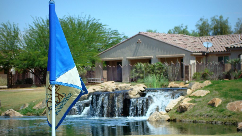 Bullhead City which includes a pond