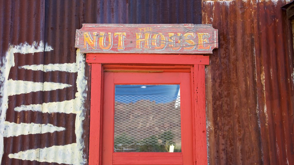 Oatman which includes signage
