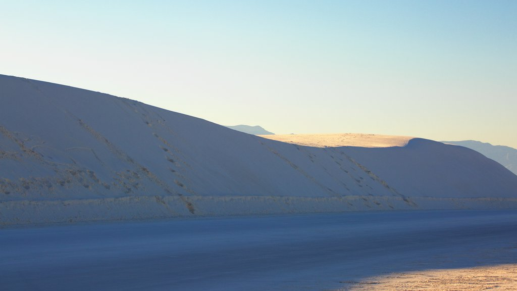 White Sands National Monument featuring a beach and mountains