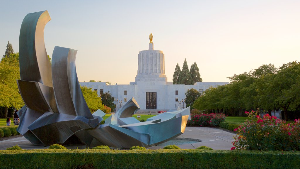 Oregon State Capitol which includes outdoor art