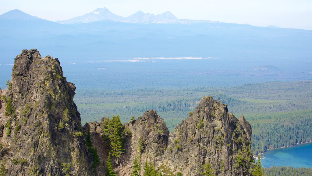 Newberry National Volcanic Monument showing mountains