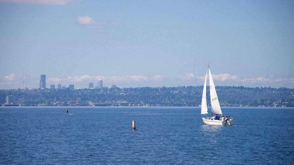 Marina Park showing sailing and general coastal views