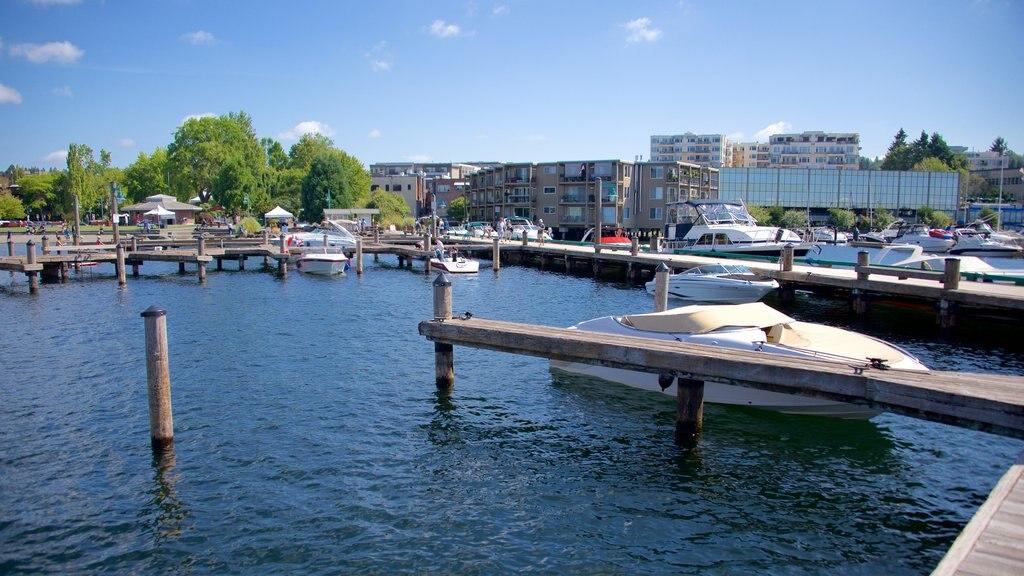 Marina Park showing boating and a marina